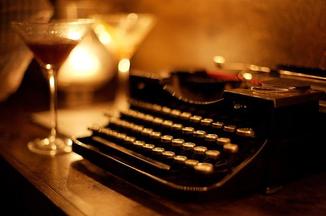 typewriter-2605140_640.jpg