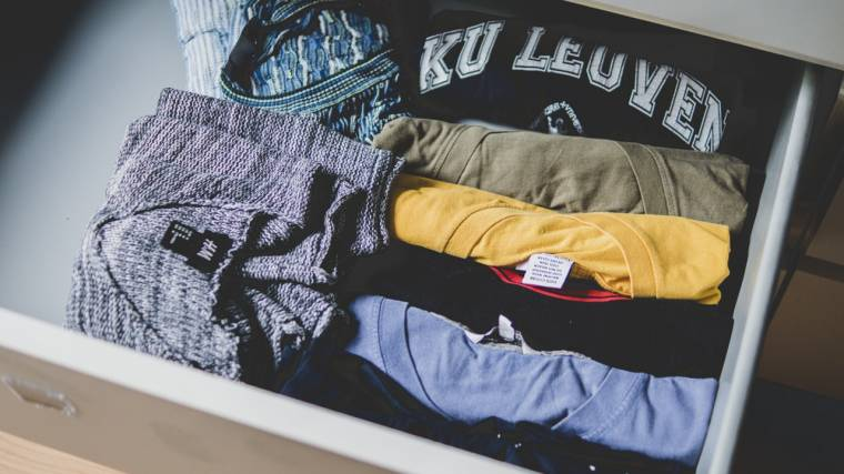 Sell Your Old Clothes Online to earn money