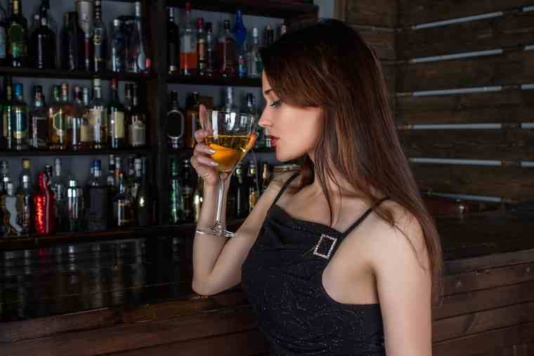 delivery alcohol and make money on weekends
