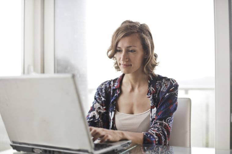 get paid working online as a stay home mom