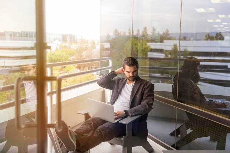 man finding online tutoring jobs