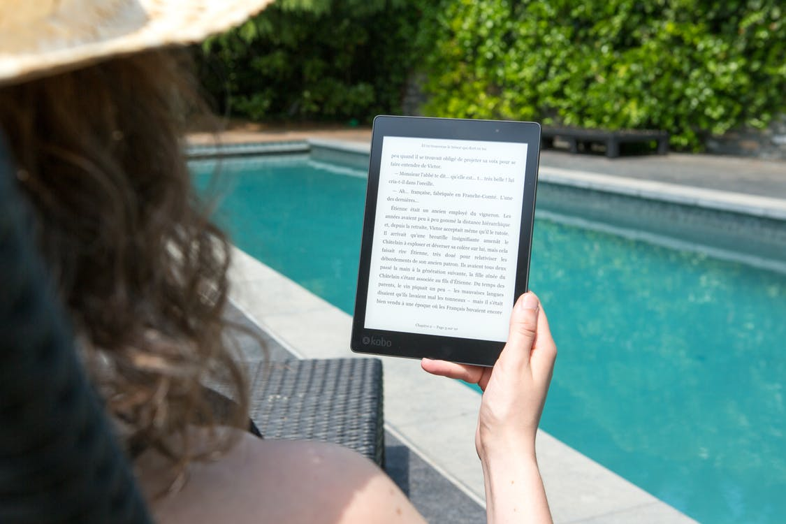 read books online for free on vacation